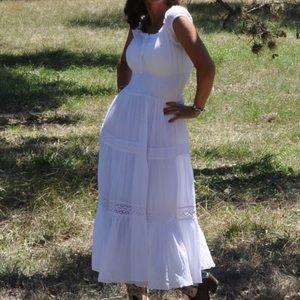 Bebe White Peasant Boho Dress Smocked Waist
